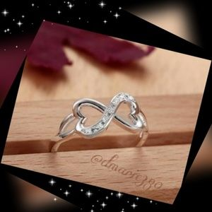 New gorgeous Infinity heart Sterling Silver ring